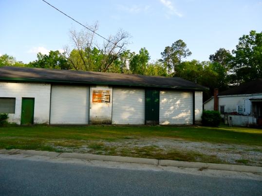 Shiver's Garage, Newton, Baker County