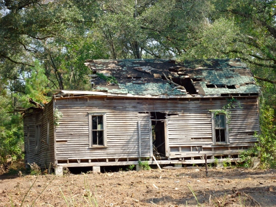Large Abandoned House off of Ray Road, Crestview, Baker County